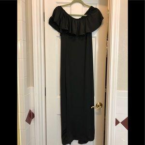Dresses & Skirts - Black long maxiI dress